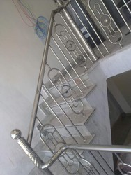 Stainless Steel Hand Designer  Railing And Balcony