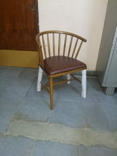 Batcha Furnitures Brown Visitor Chair