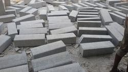 Outdoor Gray Kerb Stones, For Landscaping