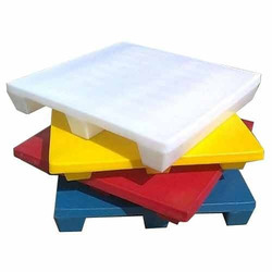 Plain Top Plastic Pallets