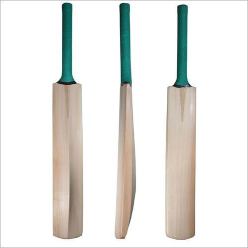 0da157eb9 Cricket Bat at Rs 1000  bags