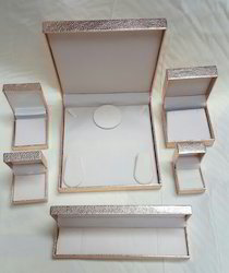 Decorative Plastic Jewelry Box With Paper