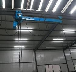 Extended Arm Chain Hoist