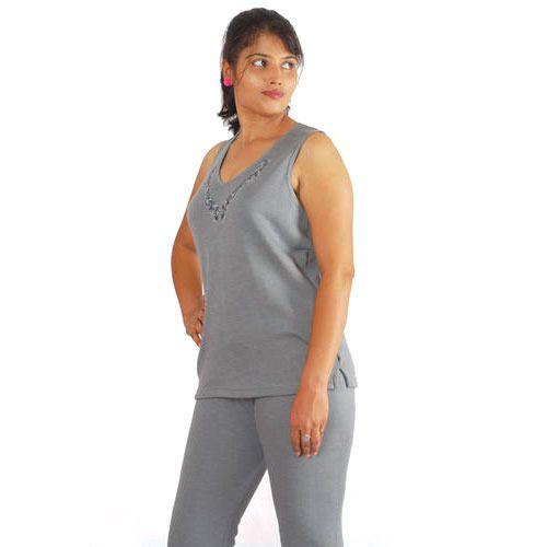 Sleeveless Women Embroidery Warmer