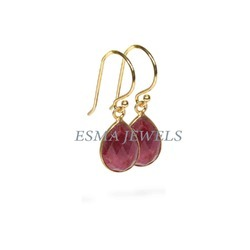 Dye Ruby Earring
