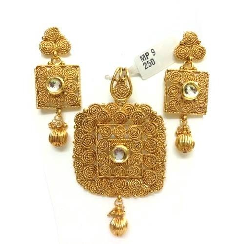 Plain gold pendant sets sone ki latkan set miracle jewels new plain gold pendant sets aloadofball Images