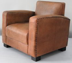 Plain Club Leather Sofa, Dimension: 170 x 86 x 69 cm