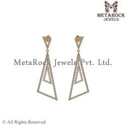 14k Yellow Gold Diamond Dangle Earring