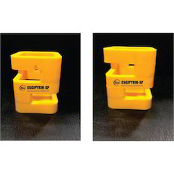 Yellow Plastic -penstand, Capacity: 2