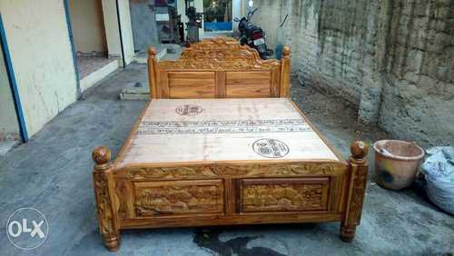 Heavy Carving King Size Teak Wood Cot