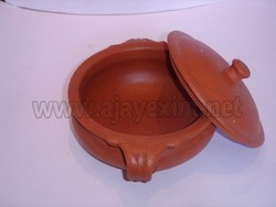 Red Clay Vegetable Curry Pot