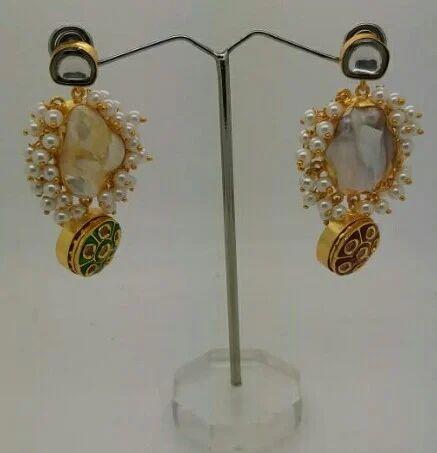 Designer Mother Of Pearl Earring
