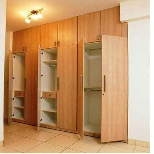 Wooden Designer Wardrobe at Rs 1200 square feet