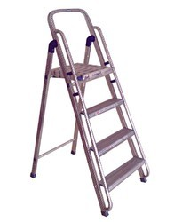 Maxell Ladders