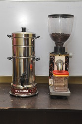 Coffee Maker With Bean Grinder