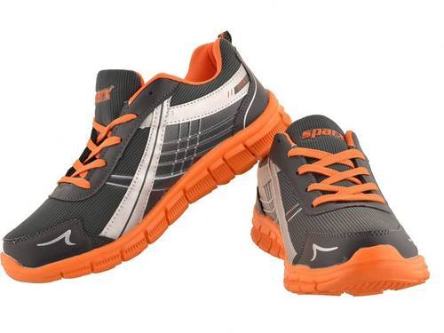 Sparx Running Shoes at Rs 849/pair