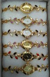 Female Stainless Steel Wrist Watch