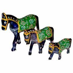 Wooden Meenakari Horse Set