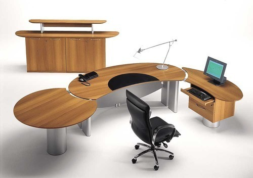 Modern Office Table At Rs 6000 Piece Ceo Table Executive Office Table Executive Desk Executive Table For Office एग ज क य ट व ट बल Belim Enterprise Ahmedabad Id 13423345755