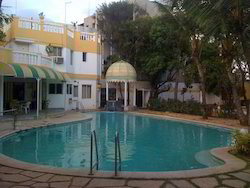 Swimming Pool Water Treatment Service
