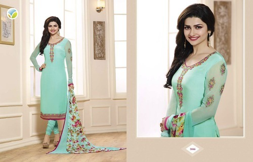 Crepe Silk Embroidery Suits For Ramzan at Rs 990 /piece(s ...