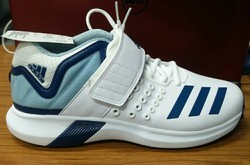 finest selection bd860 6b0be Adidas Adipower Vector Shoes, Size 9
