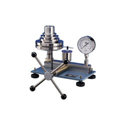 Hydraulic Dead Weight Tester