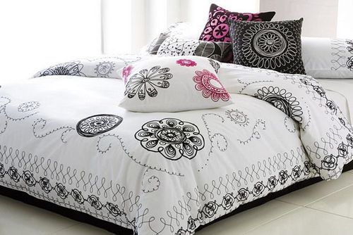 Incroyable Designer Bed Sheet