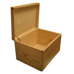Heat Treated Pinewood Box, Weight Holding Capacity(Kg): <70 Kg