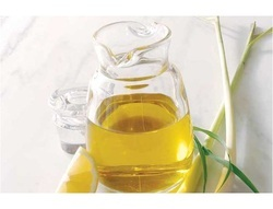 Lemongrass Oil( 75 % Citral)