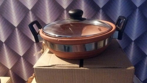 Natural Terracotta Terracotta kadahi with toughened glass lid and heat resistant handle, Size: 1.8 Ltr, For Cookware