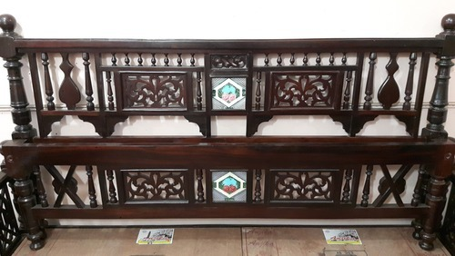 Antique Wooden Double Bed - Rosewood - Wooden Sofa Set Retailer From Chennai