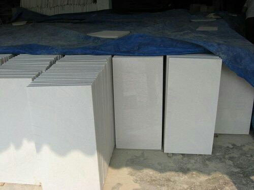 Grey 2 By 2 Tiles White Marble, Rs 8 /square feet Gajanand Traders | ID:  15384201312
