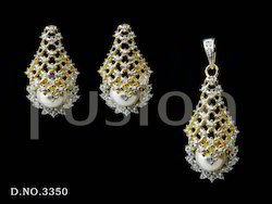Cubic Zirconia Studded Pearl Pendant Set