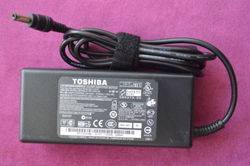 Original Toshiba Laptop Adapter