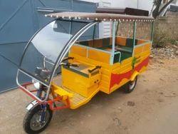 School Van E -Rickshaw
