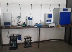 Lab testing machines for pipes