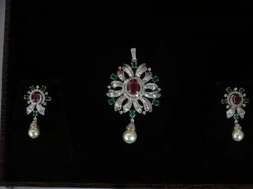 Indian diamond pendant set agarwal co manufacturer in johri indian diamond pendant set aloadofball Choice Image