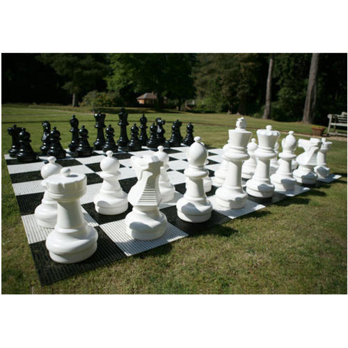 Perfect Giant Garden Outdoor Chess Sets