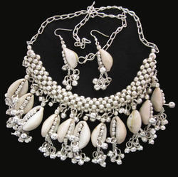 tribal cowrie shell necklace