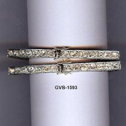 Silver Mountain Square Shape Mughal Cut Real Diamond Bangles, Packaging Type: Box, Packet