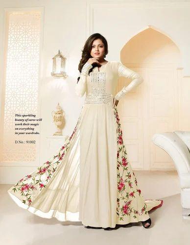 059c8038b152 Georgette Bridal Wear Designer White Gown