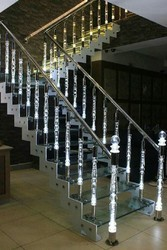 Interior Acrylic Stainless Steel Staircase, Material Grade: SS304
