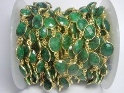 Dyed Emerald Stone Bezel Set Station Chain