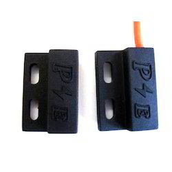Paras Magnetic Proximity Switch
