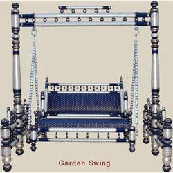 Wooden Swing - Garden