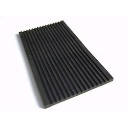 Grooved Rubber Pad
