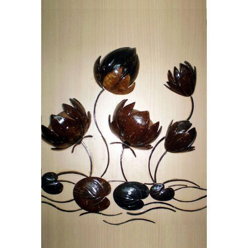 Coconut Shell Art At Rs 200 Piece Seepiyon Ke Bane Shilp Utpaad