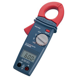 6 Function Digital Clamp Meter