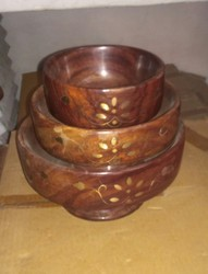 Round  Wooden Bowl Set